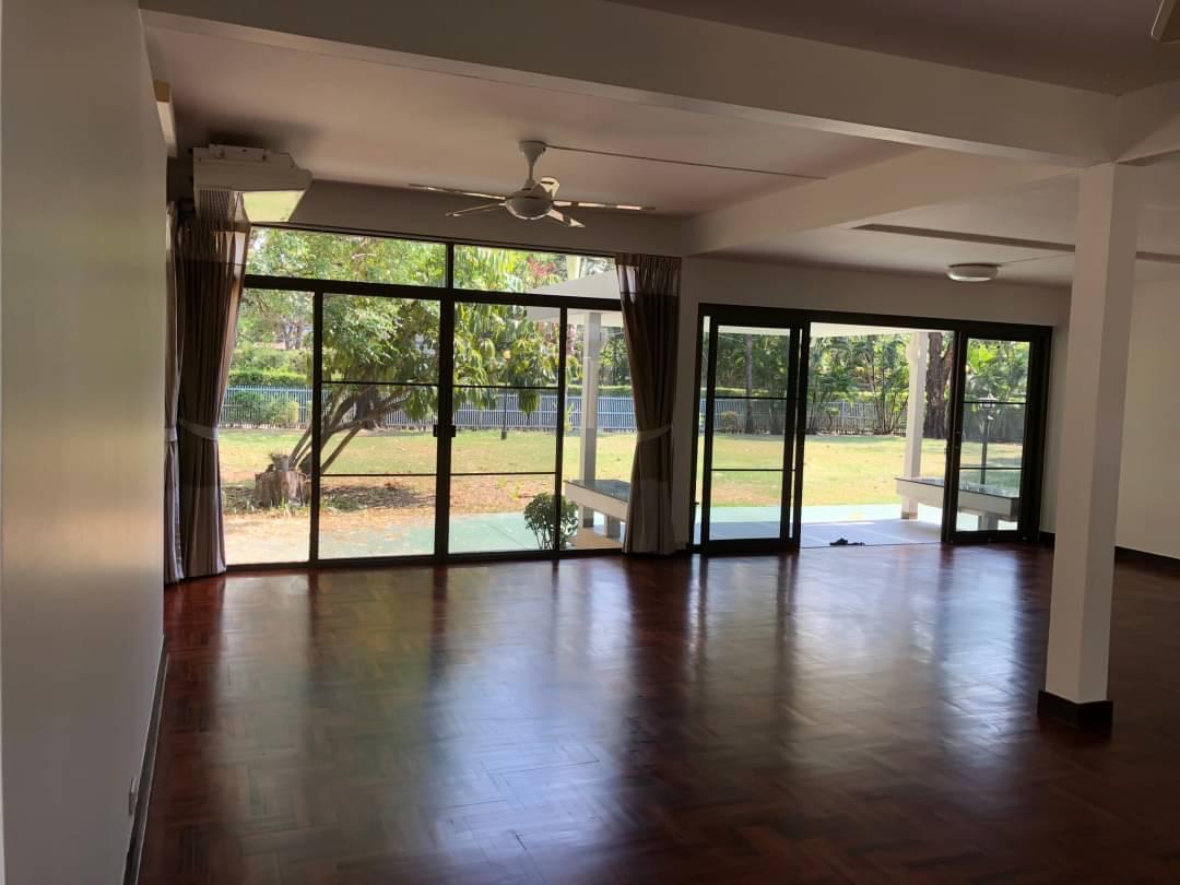 sukhumvit property BHA20120920 For Rent
