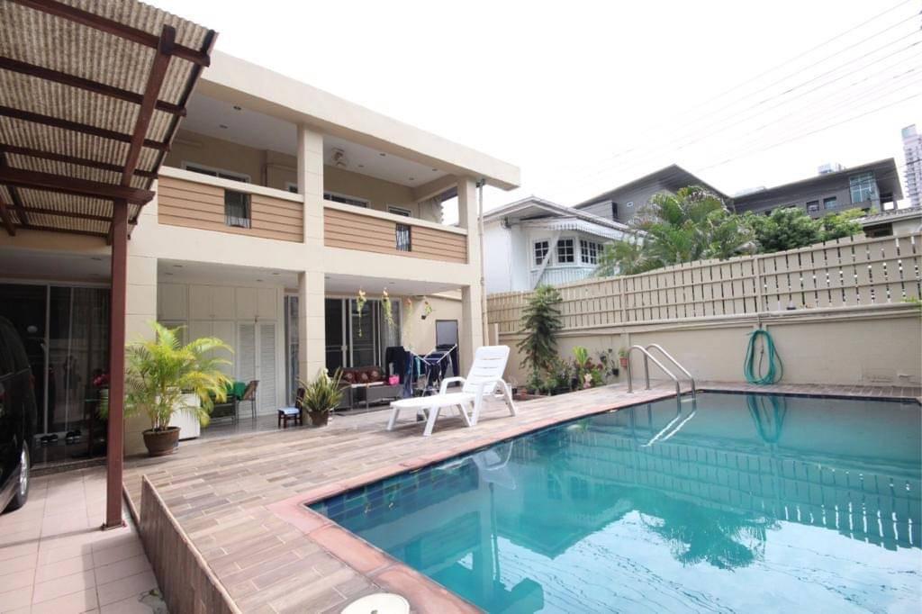sukhumvit property BHA21010633 For Rent