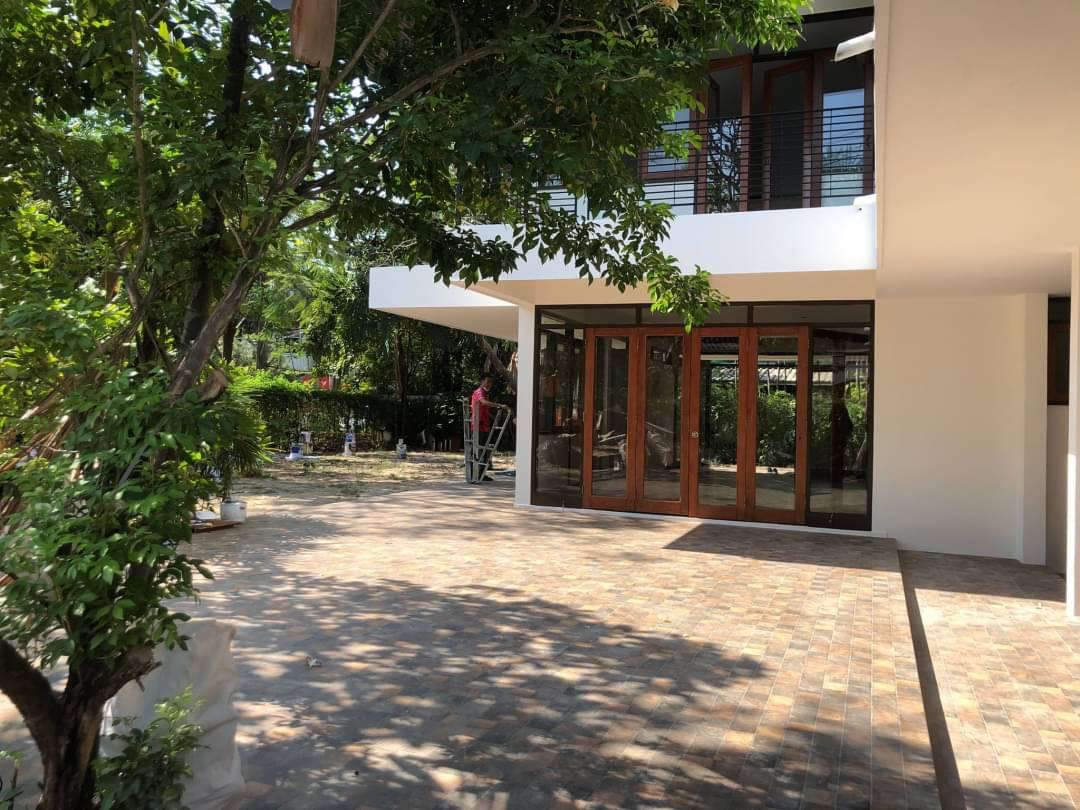 sathorn property BHA21010648 For Rent