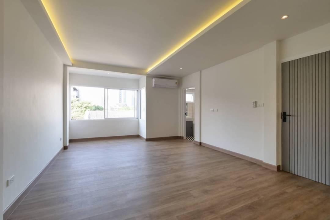 sukhumvit property BHA21011440 For Rent